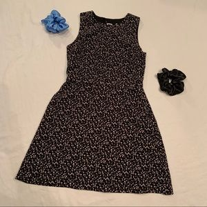 GAP spotted black white and grey dress